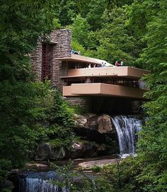 Falling Water House ♡