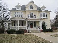 early 1900 Colonial Revival, maybe George F. Barber