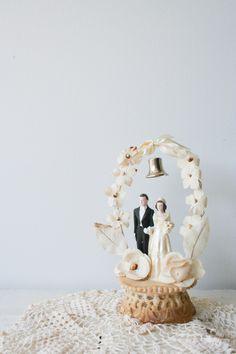 1950s wedding cake topper