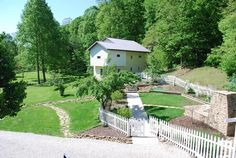 http://browncountyhomeforsale.com/ Forest surrounds this cottage estate in Brown County