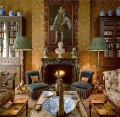 """At Home With Alidad on Instagram: """"Geoffrey Bennison was one of my early gurus! The New York apartment of Peter Glenville, the theatre and film director, by Geoffrey Bennison…"""" English Interior, Classic Interior, Jorge Elias, Home Decoracion, English Country Decor, Interior And Exterior, Interior Design, English House, Beautiful Interiors"""