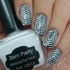 Heeey! Crazy nails for the challenge #desafionacc . A little bit late but i really want to do it . The base is a half white and a half Black then i did a Black&white stamping on it with the BPL-027 stamping plate from @bornprettystore jiji. Hope you like it   #nailart #nailsdid #nailotd #naildesign #nailstagram #nailedit #nails2inspire #nailsofinstagram #nailsoftheday #nailaddict #nailartlove #nailartdiary #instanails #instachile #nailpromote #nailartpromote #instanails #nailfie #nailsdone…