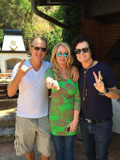 At Jerrys BBQ with Jerry Cantrell & Nancy Wilson ~ all love...