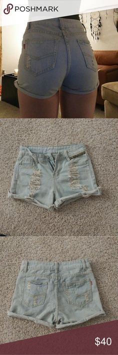 Levi shorts Vintage high waisted levi shorts. Great condition only work a handful of times. Have stud detail on the pocket. Size 25/26 with some stretch to them. I love them theyre just a little too small for me. Levi's Shorts Jean Shorts