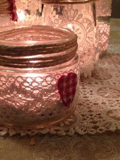 Barattolo riciclato trasformato in porta candela
