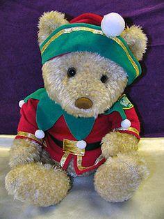 Christmas Wellington Bear ~Excellent Condition -little bit vintage