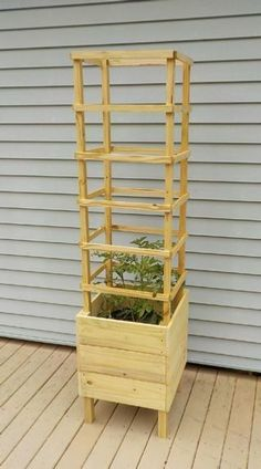 Deck Tomato Planter DIY Plans #deckbuildingdiy