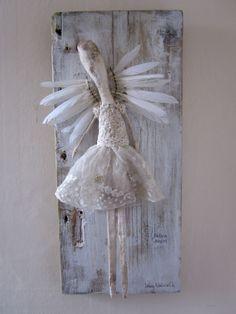 Lainey Whitworth Mixed Media & Textile Artist