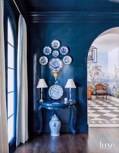 luxe Navy blue lacquered walls, ceiling, and trim are the perfect backdrop for blue and white Chinese porcelain. Blue Rooms, White Rooms, Interior Paint Colors, Interior Design, Room Interior, Interior Painting, Interior Lighting, Modern Interior, Blue And White China