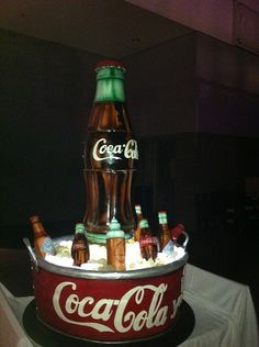 Coca Cola Cake by Amazing cakes by Karen Portaleo of the Highland Bakery, Atlanta, Georgia Coke Cake, Coca Cola Cake, Crazy Cakes, Fancy Cakes, Unique Cakes, Creative Cakes, Beautiful Cakes, Amazing Cakes, Fondant Cakes