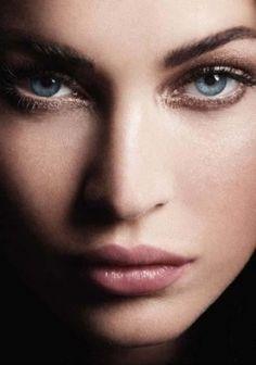 it must suck to look so perfect (Megan Fox)