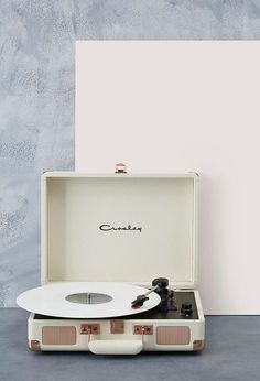 Urban Outfitters - Crosley Cruiser Rose Gold UK Plug Record Player