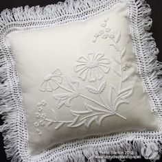 Mountmellick embroidery daisy and forget-me-not cushion class