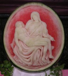 watermelon.org carving | Watermelon Carving No.100: Pieta. (Michelangelo)