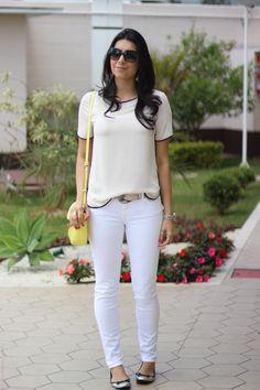 look total white bolsa amarela - borboletas na carteira