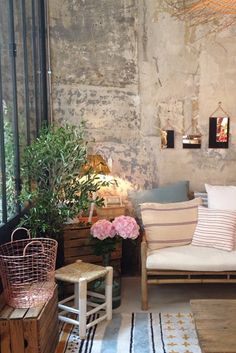 ines de la fressange has opened a new shop in paris http://vickiarcher.com/2015/07/ines-de-la-fressange-the-paris-list/