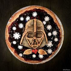 The Ultimate Christmas Pie Star Wars Themed Food, Star Wars Food, Star Wars Party, Pie Craft, Star Wars Christmas, Christmas Stuff, Christmas Decor, Christmas Ideas, Cuadros Star Wars