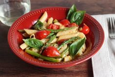 Penne with Asparagus and Cherry Tomatoes is a simple meal for any day of the week! Made with fresh asparagus, cherry tomatoes and a few simple ingredients. Cherry Tomato Pasta, Cherry Tomatoes, Pasta Recipes, Dinner Recipes, Cooking Recipes, Healthy Snacks, Healthy Eating, Healthy Recipes, 30 Minute Meals