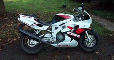 Rare CBR 900 RR Honda Sport Bikes, Honda Fireblade, Fuel Injection, Cbr, Motogp, Motorbikes, Cool Cars, Ninja, Automobile
