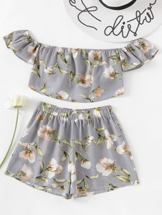 To find out about the Botanical Print Bardot Crop Top With Shorts at SHEIN, part of our latest Two-piece Outfits ready to shop online today! Cute Girl Outfits, Cute Casual Outfits, Stylish Outfits, Girls Fashion Clothes, Teen Fashion Outfits, Girl Fashion, Summer Outfits For Teens, Kids Outfits, Crop Top Outfits