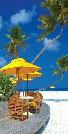 Romantic Places, Beautiful Places To Travel, Beautiful Beaches, Beautiful World, Beautiful Images, Summer Wallpaper, Beach Wallpaper, City Wallpaper, Dream Vacation Spots