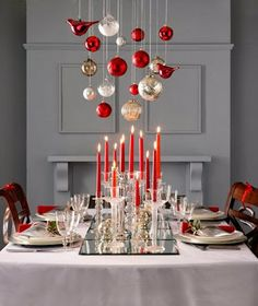 Jarrah Jungle: This Years Christmas Inspiration in red white and silver for the Christmas table and the Christmas tree a raindow of colours. All images via Pinterest. #christmas #2013 #redwhitesilver #rainbow #tree
