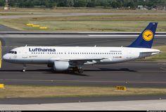 D-AIZA Lufthansa Airbus A320-214