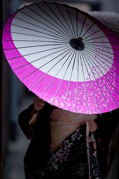 The Modern GEISHA ✿ :: Japanese Umbrella