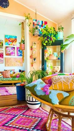 Colourful Living Room, Rugs In Living Room, Living Room Decor, Room Ideas Bedroom, Diy Bedroom Decor, Bright Bedroom Ideas, Room Colors, House Colors, Colorful Decor