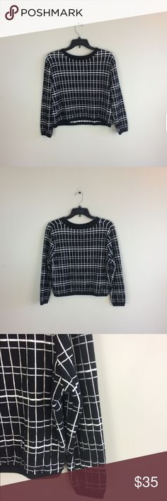 "Zara Grid Print Pullover Sweater No snags, holes or stains! 93% cotton 7% polyamide. 20"" length front: 21"" length back: 21"" pit to pit: no trades. Zara Sweaters Crew & Scoop Necks"