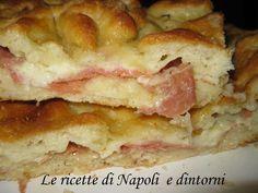 http://blog.giallozafferano.it/lericettedinapoli1/focaccia-farcita/