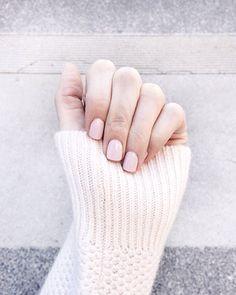 Pale pink mani