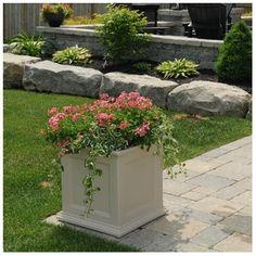 Fairfield Square Patio Planter - Color:Clay