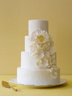 textured wedding cake