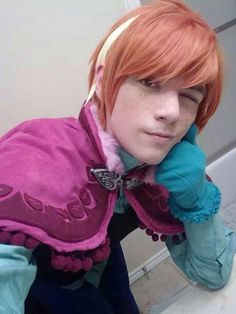 Frozen's (genderbent) Anna cosplay. OH MY GAHD, I LOVE THIS.