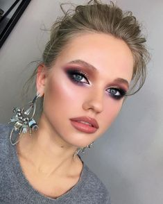 makeup makeup meme makeup brushes zoeva eye makeup goes with black dress makeup good without eye makeup makeup shields makeup 2018 tutorial Glam Makeup, Makeup Inspo, Bridal Makeup, Wedding Makeup, Hair Makeup, Makeup Style, Bridal Beauty, No Make Up Make Up Look, Eye Make Up