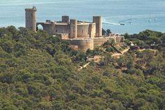 El impresionante Castillo de Bellver muy cerca de Palma de Mallorca