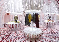 Louis Vuitton & Kusama concept store at Selfridges - so ridiculous it works