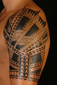 Polynesian Half Sleeve Tattoos #tattoos #tattoodesigns #polynesiantattoodesigns  http://tattoodesignsdo.com/polynesian-tattoo-designs/