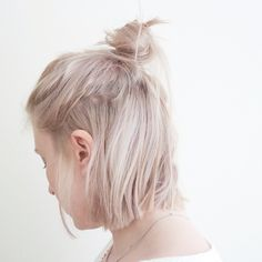 High bun, hair, messy bun, lob, long bob, blonde, platinum, short hair
