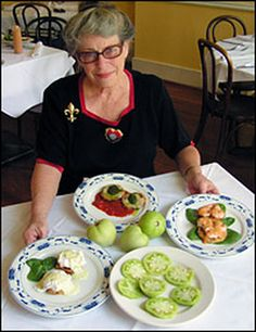 Fried green tomatoes with shrimp & roumelade sauce
