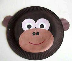 paper plate monkey mask *paint your paper plate in brown to represent a monkey *Add eyes and a eyes *stick a different colour of brown (lighter shade than the paint) paper on the front for the nose and mouth *Now you can draw your nose and mouth Jungle Crafts, Zoo Crafts, Monkey Crafts, Animal Crafts For Kids, Toddler Crafts, Art For Kids, Fish Crafts, Kid Art, Gorilla Craft