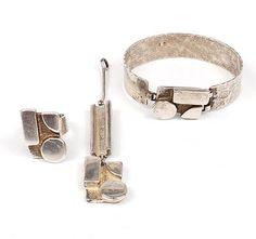 MENNO MEIJER 1930 - Zilveren armband ring en hanger met dezelfde decoratie ontwerp uitvoering ca.1978