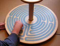 Kolotočka s prstovým labyrintem
