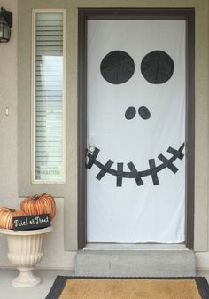 Halloween-Door-Window-Decorations