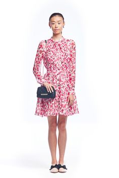 Kate Spade RTW S/S 16: Another adorable look! I love the dress! This dress will look amazing with flats or heels.