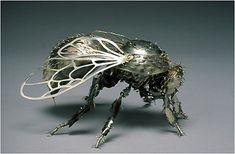Google Image Result for http://cdn1.lostateminor.com/wp-content/uploads/2012/03/bumblebee_main.jpg
