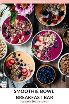 Brunch doesn't have to be complicated. A smoothie bowl breakfast bar is the perfect way to feed a crowd with plenty of options for customizations based on dietary needs and preferences! We've included two of our favorite vegan smoothie bowl recipes here, along with some tips and tricks for making perfect smoothie bowls. Smoothie Bar, Best Smoothie, Apple Smoothies, Healthy Smoothies, Smoothie Recipes, Healthy Cafe, Juice Recipes, Healthy Drinks, Healthy Recipes