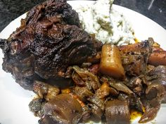 Spicy, sweet, and savory! A filling, nutritious, and delicious dish! Cookbook Recipes, Cooking Recipes, Chef Recipes, Easy Lamb Recipes, Lamb Shank Recipe, Homemade Bone Broth, Braised Lamb Shanks, Lamb Meatballs, Turkish Recipes