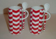 2013 STARBUCKS  Red & White Candy Cane Cevron MUG CUP & Ceramic SPOON Set 2X